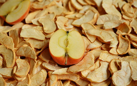 sliced apple close up photography