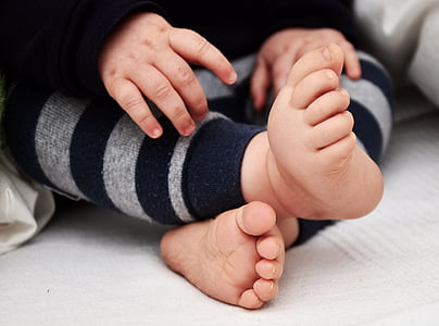 photo of baby's feet and hands