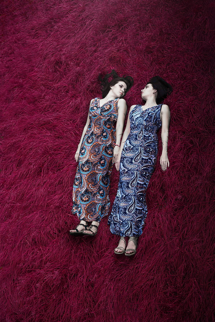 women's blue and brown paisley sleeveless dress