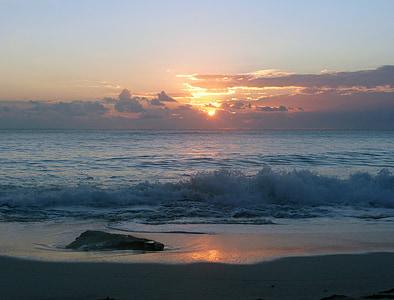 seawave at golden hour