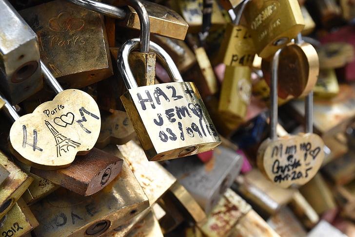 assorted love locks