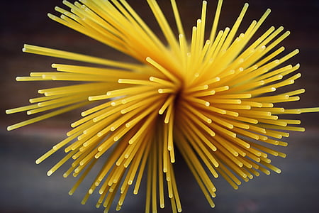 shallow focus photography of pasta