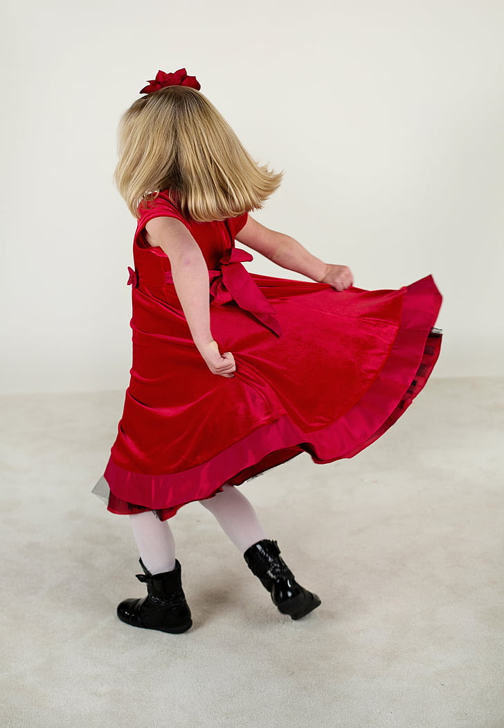 girl's red maxi dress