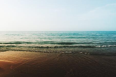 landscape photo of sea