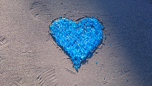 blue heart beads at daytime
