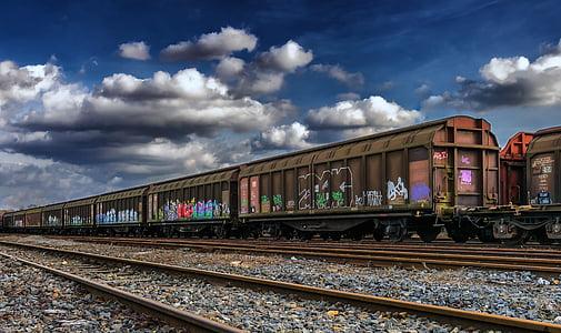macro shot of brown train