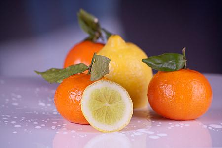 lemon and three oranges