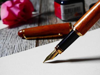 photo of black fountain pen
