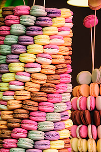 arrange of French macaroons