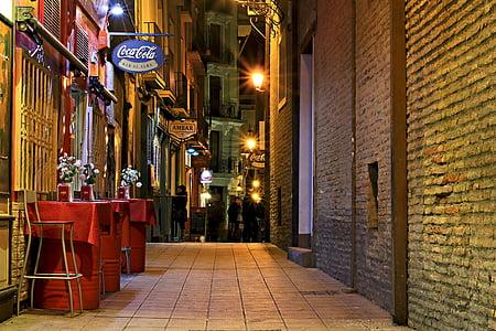 empty alley during daytime