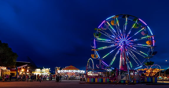 photography of ferris wheel during nighttime