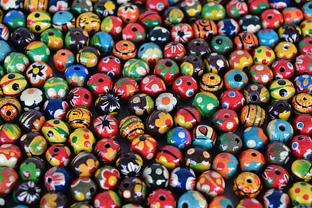 closeup photo of assorted-color beads