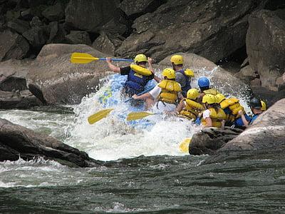 people doing water rafting
