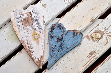 blue and white wooden heart frames