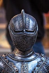 closeup photo of gray knight armor
