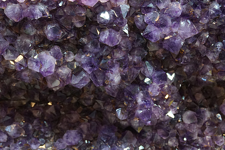 close up photo of amethyst geode