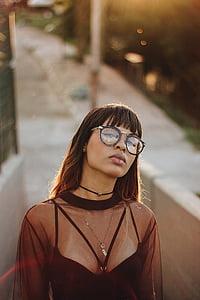 women wearing eyeglasses