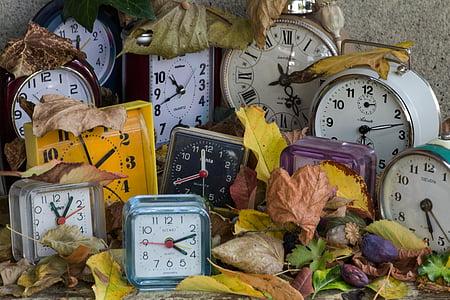 assorted clock lot