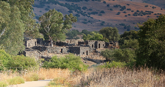 deserted ruins, village, ghost town, yahudia, golan heights israel, ancient