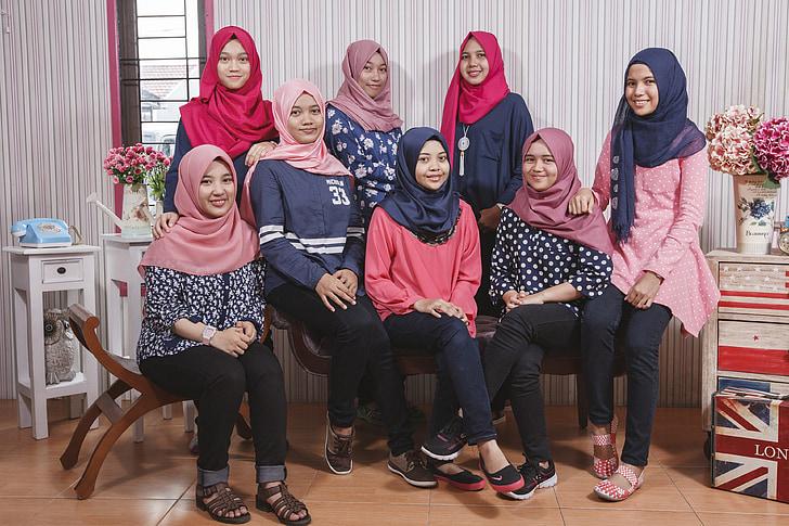 women wearing hijab veils