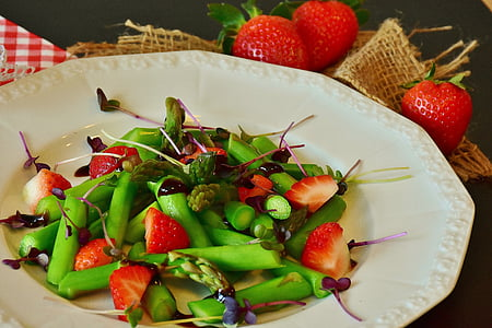 sliced green beans and strawberry