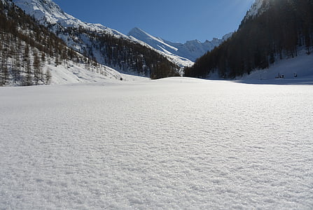snowfield between valley