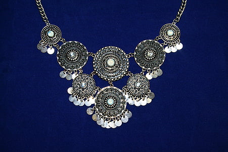 gray floral necklace