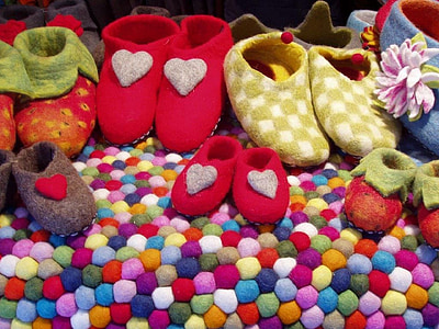 assorted-color of home shoes