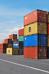 stack intermodal containers