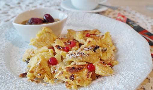 pancake with cherries