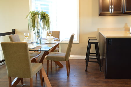 dining table setting