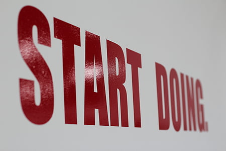 red start doing text