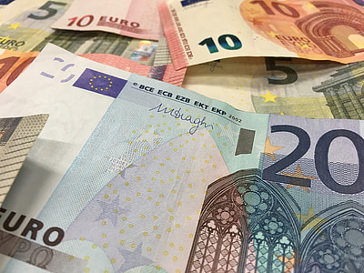 assorted-denomination Euro banknotes