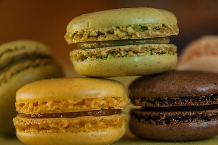 three assorted-flavor macaroons