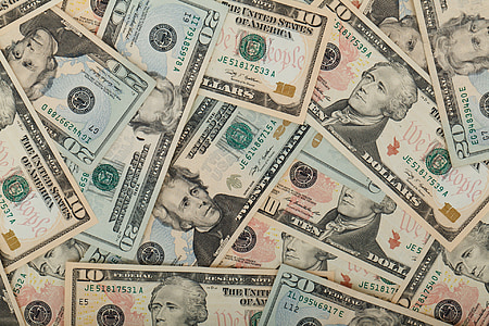 10 U.S. dollar banknotes