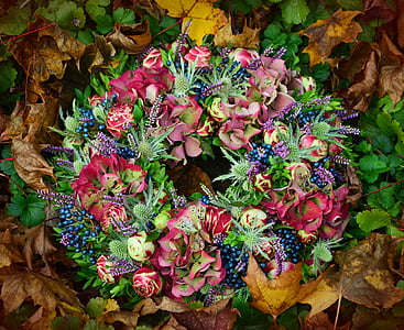 photo of green and multicolored flower wreath