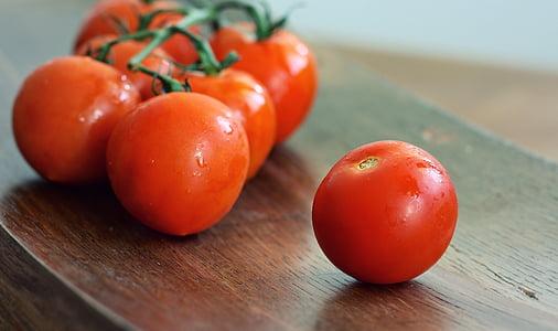 ripe tomatoes lot