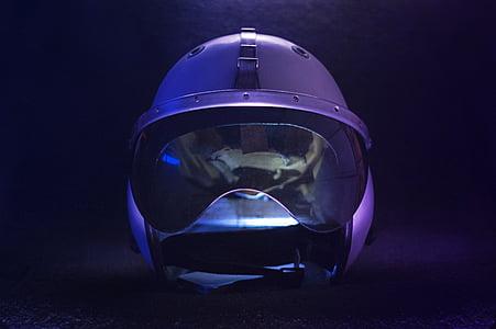 gray helmet