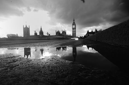 grayscale photography of Big Ben, London