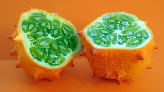 sliced horned melon
