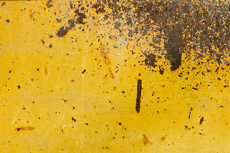 brown dirt in yellow surface