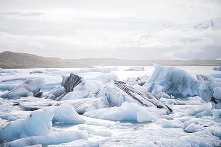 icebergs near land