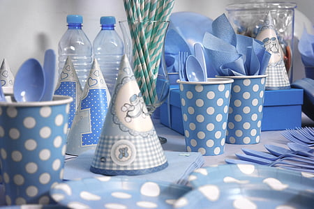 blue-and-white polka-dotted theme party decor set