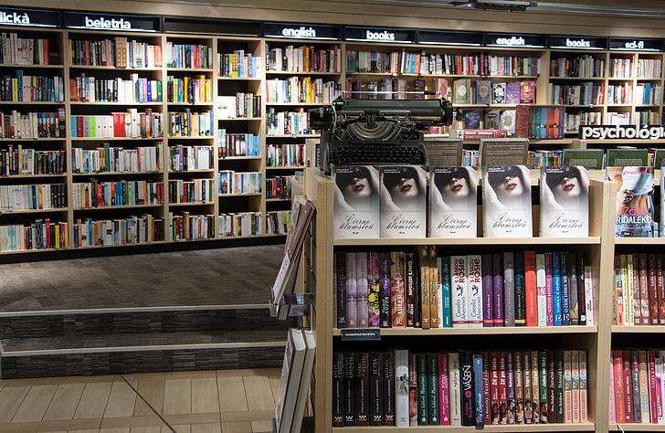 assorted books lot