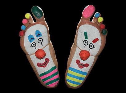 clown foot art