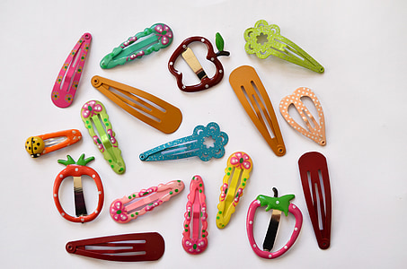 assorted-color hair clips