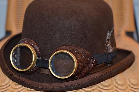 brown suede cap