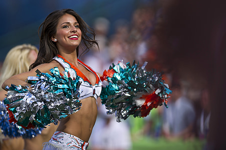 cheerleader woman