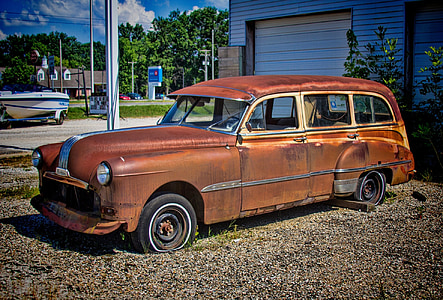 classic brown station wagon during daytime
