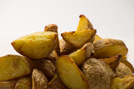 pile of fried potatoes
